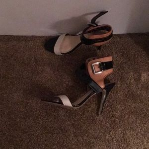 Guess Multi-Colored Heels